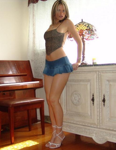 Mini skirt hot mobile corto